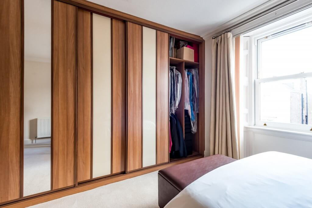 DIY vs Professionally Fitted Wardrobes: Pros and Cons (Which is Best)?