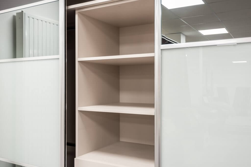 Designing_Perfect_Fitted_Wardrobe_Shelves_vs_Drawers_vs_Hanging_Space_Which_is_Best